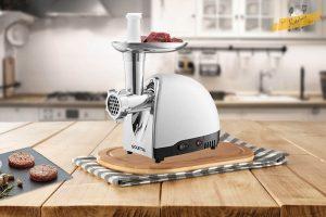 using-meat-grinder